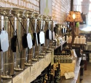 Rennaissance-Olive-Oil-Court-Street-Market-2